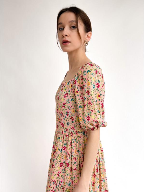 Платье-миди, «Отрезное» розовые цветы, бежевое D10171027