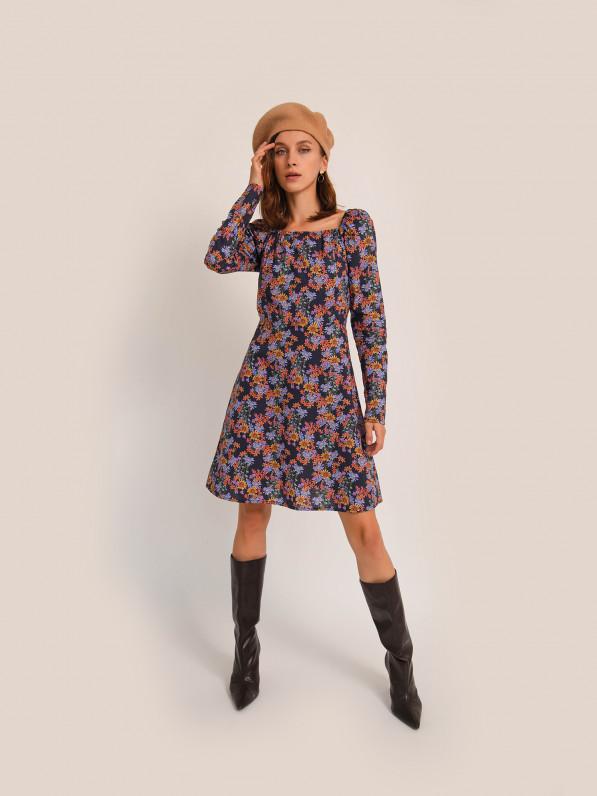 Платье-мини, с рельефами, цветы фиолетовые D10120100