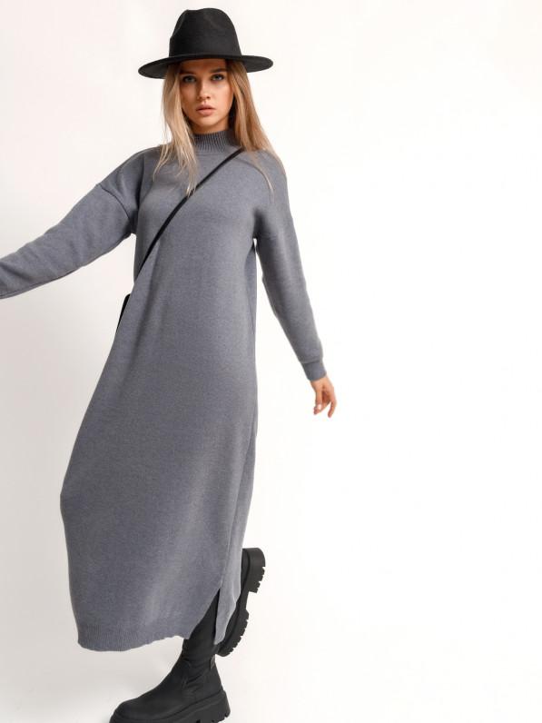 Платье-миди, вязанное